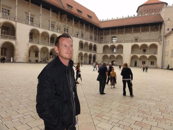Hier im Schloss lebte August nach seiner Krönung oder wenn er auf Reisen zwischen Dresden und Warschau war.