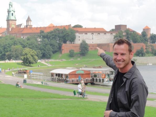 Der Wawel am Ufer der Weichsel in Krakau.a